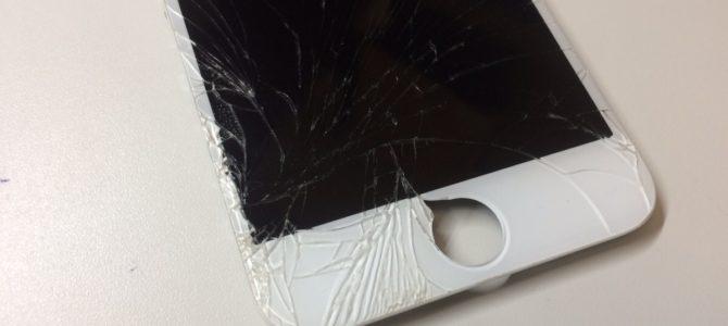iPhone6フロントパネル交換修理 石狩市より『iPhoneを踏んでしまって・・・』