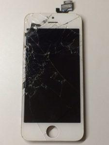 iPhone5修理前28/12/18