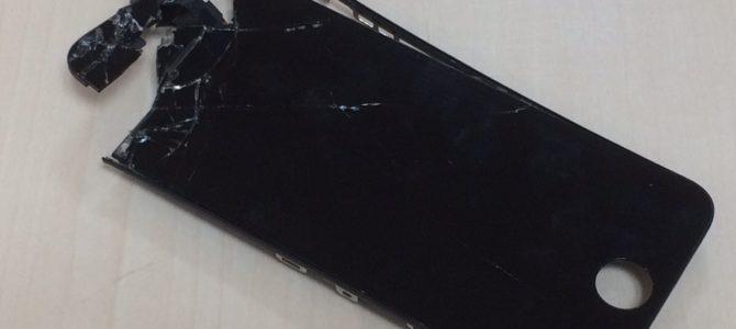 iPhone5sフロントパネル修理 札幌市西区より『高いところから・・・』