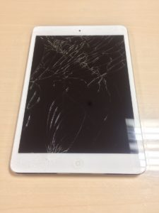 iPadmini修理前29/01/18