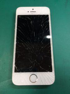 iPhone5s修理前29/03/02