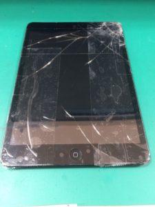 iPad mini修理前29/02/23