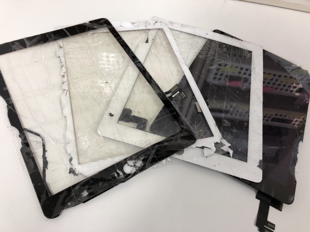 iPadガラス割れ20190221