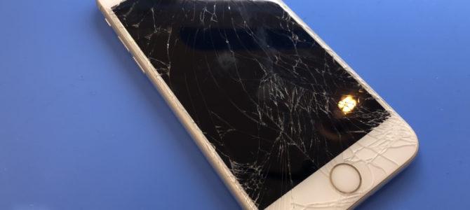 iPhoneの画面割れや液晶故障でお困りの方は、アイフォンクリアイオン札幌藻岩店へ